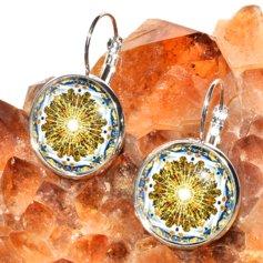 Kuldajastu kuvandi mandalaga kõrvarõngad