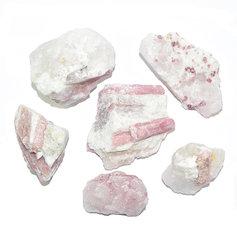 Roosa turmaliin ehk rubeliit kvartsis (1 tk)