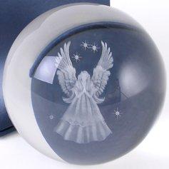 3D kaitseingliga kristallkera